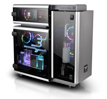 Thermaltake Level 20 Full-Tower Chassis-Superior Hardware and LCS Expansion.jpg
